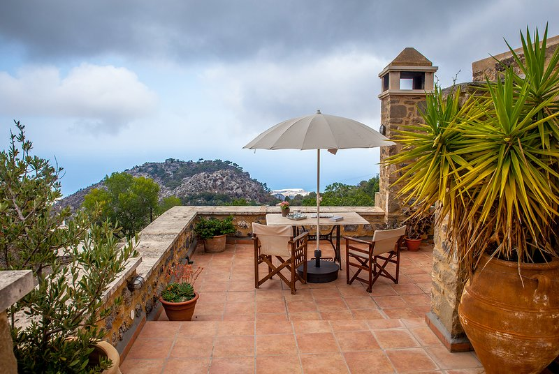 Amazing house with sea view & Wifi, holiday rental in Tertsa