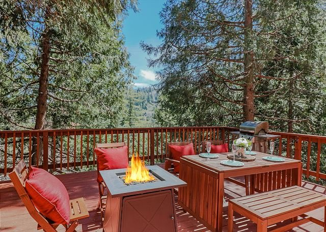 Charming 'La Petit Cottage, vacation rental in Lake Arrowhead