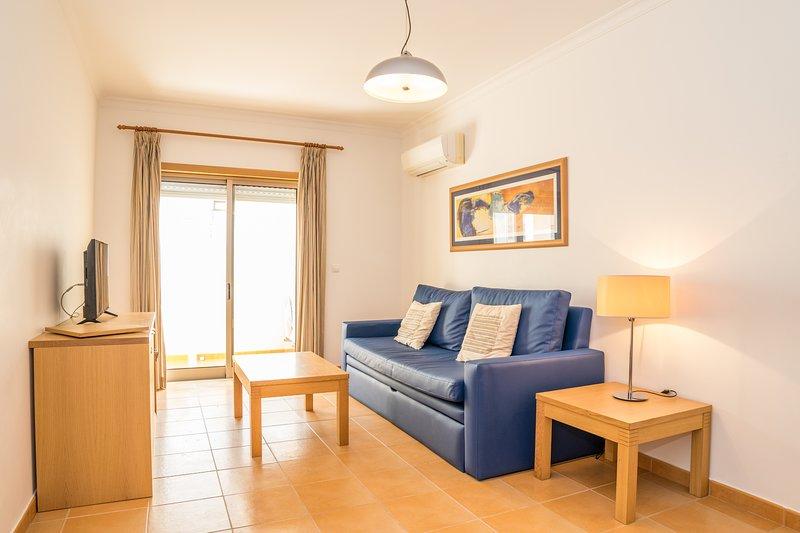 Coltrane Red Apartment, Monte Gordo, Algarve – semesterbostad i Monte Gordo