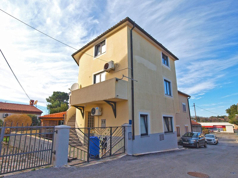 Apartment 12218, vacation rental in Pomer