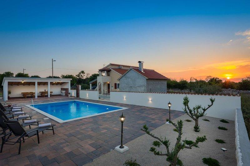 Villa Dalmata, holiday rental in Lozovac