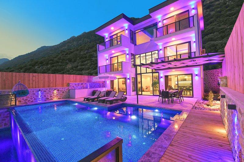 Villa Soho, holiday rental in Bezirgan