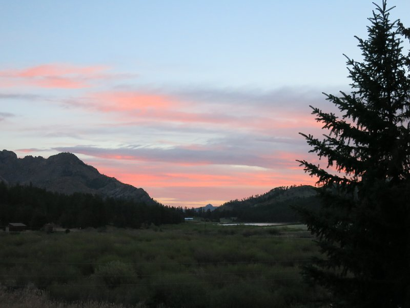 MOUNTAIN RETREAT, VIEWS NATIONAL FOREST 30 MILES TO COLORADO SPRINGS, vacation rental in Manitou Springs