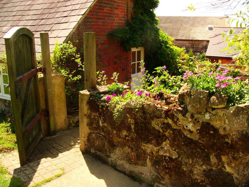 Barn Cottage, holiday rental in Bonchurch