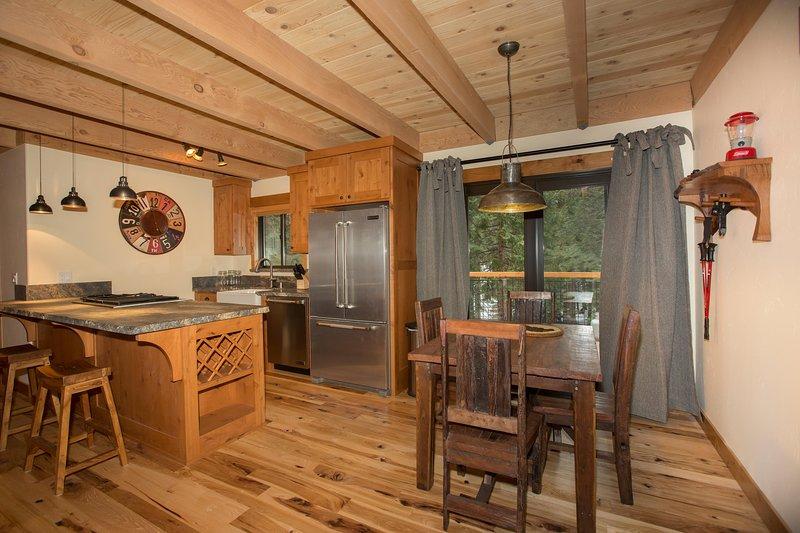 Away on Allenby, holiday rental in Tahoe Vista
