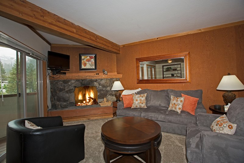 Squaw Valley Ski Condo, holiday rental in Squaw Valley
