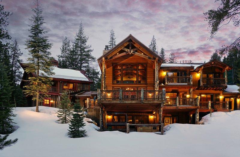 Bullshead Lodge at Squaw Valley, casa vacanza a Olympic Valley