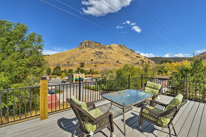 Central Lava Hot Springs Studio w/Deck & Views!, vacation rental in Lava Hot Springs