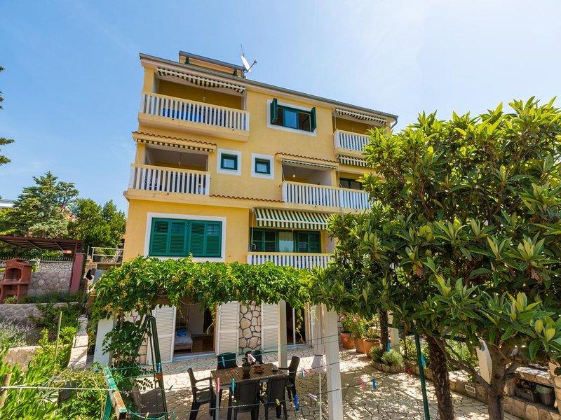 Two bedroom apartment Crikvenica (A-5585-a), alquiler vacacional en Selce