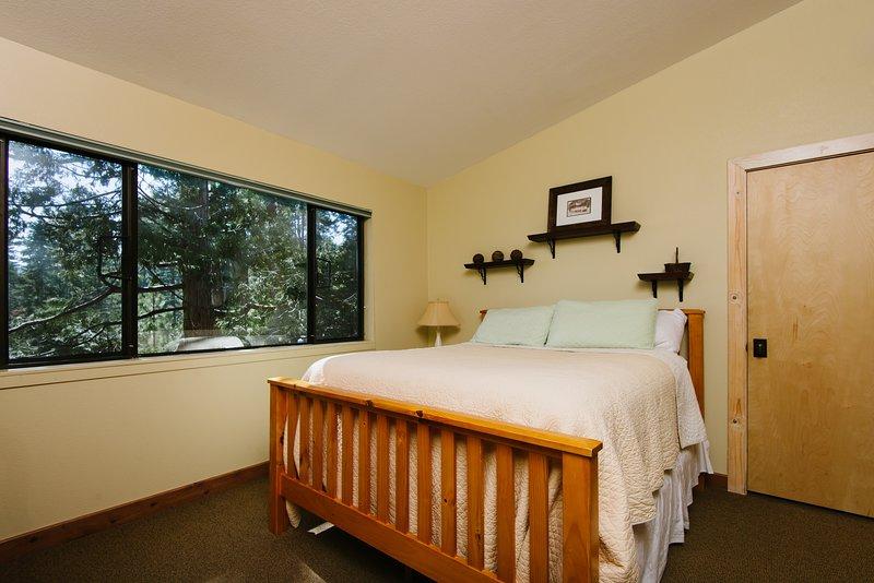 Photo of Pioneer Lake View Retreat