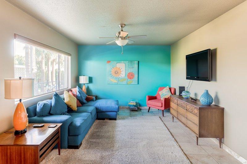 Super leuke woonkamer met nieuwe meubels en HDTV