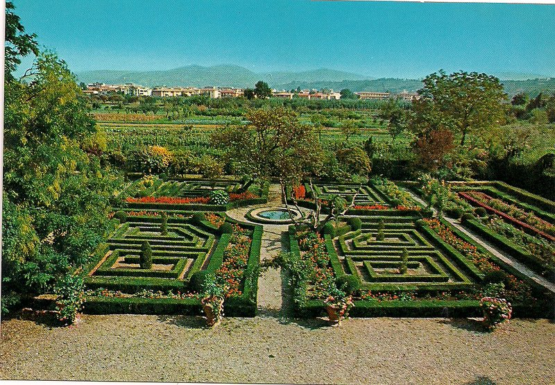 Stunning Tuscan Estate, Florence, Sleeps 28, Pool, Parking, Wifi, vacation rental in Florence
