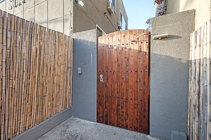 Porte d'entrée avec code de clé