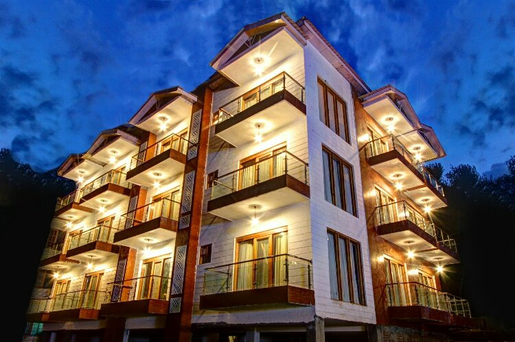Hill County Resort & Spa, Manali, holiday rental in Rangri