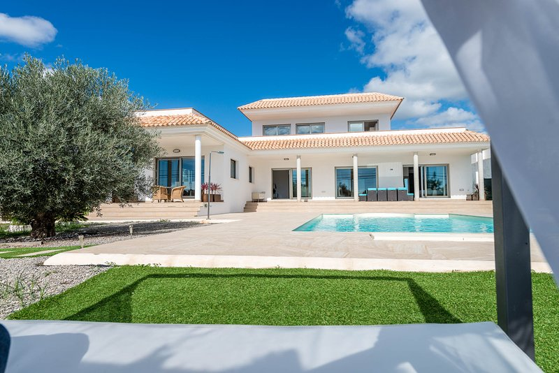 VILLA ELENA IBIZA - luxury villa & Formentera view, vacation rental in Es Canar
