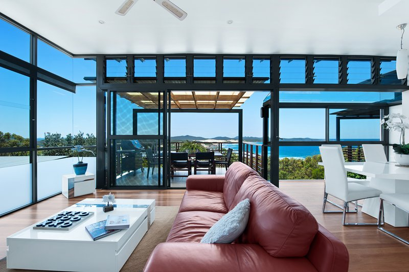 One Mile Retreat - Stunning Beach House - Spectacular Ocean Views!, vacation rental in Port Stephens