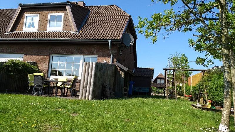 Haus Seedeich »Lea« - Das Ferienhaus in Friedrichskoog-Spitze / Nordsee, holiday rental in Friedrichskoog