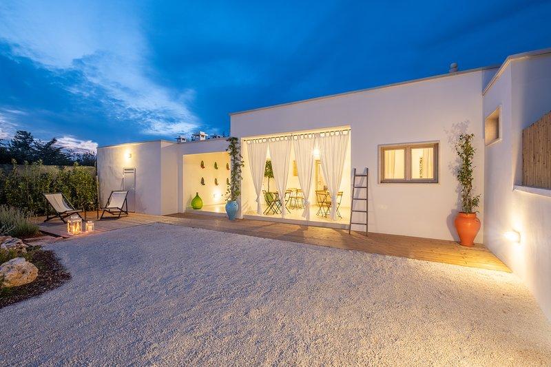 I Colmi - Trulli Suites - Bilocale 'Andrea', holiday rental in Martina Franca