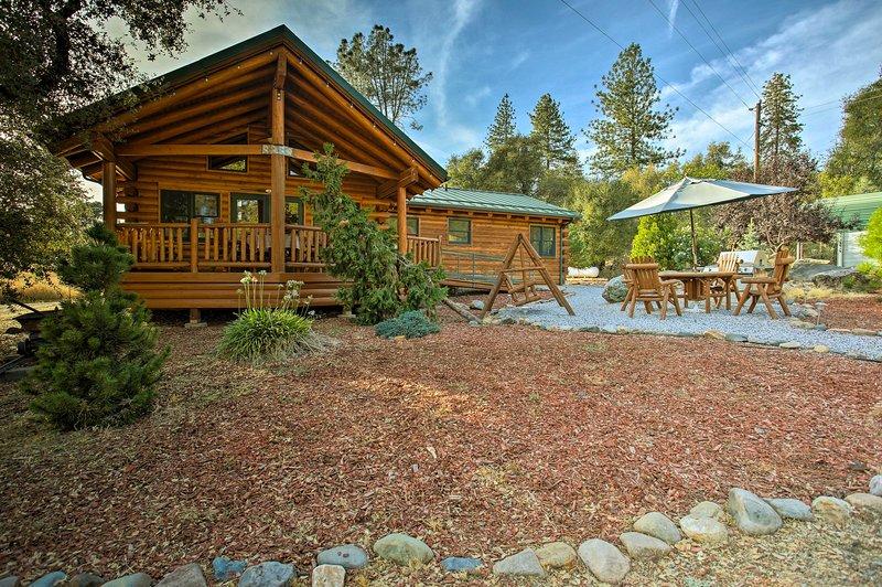 Esta cabine de aluguer de férias está idealmente localizado para a sua próxima fuga de Yosemite!