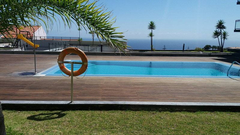 Garajau Elite comfort and relax over the ocean!! ., holiday rental in Madeira