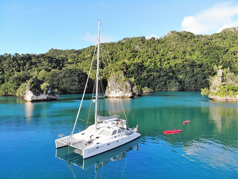 Charter Sailing Catamaran QUIXOTIC in the Beautiful Fiji Islands, location de vacances à Malolo Lailai Island