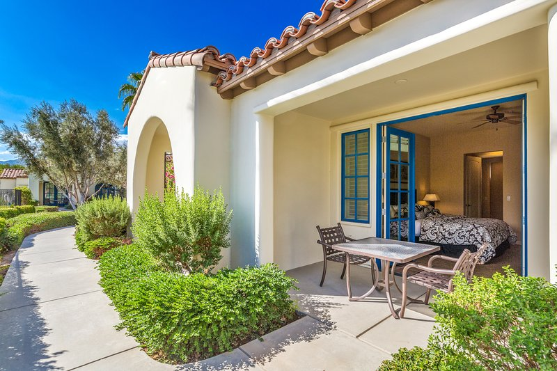 (C72) Single Story Poolside Villa near Clubhouse, holiday rental in La Quinta