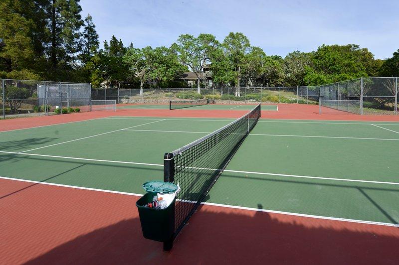 Oak Creek East Tennis Courts