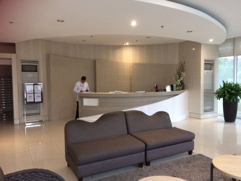 Cozy 1 BR Grace Residences with High Speed Internet near McKinley & BGC, vacation rental in Taguig City