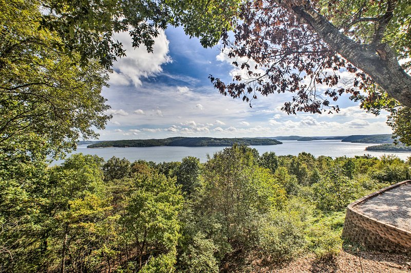 Unbeatable Beaver Lake views could be yours to enjoy!