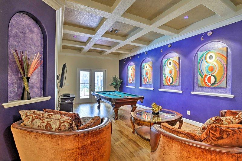 Contemporary Brandon Home w/ Pool & Game Room, location de vacances à Riverview