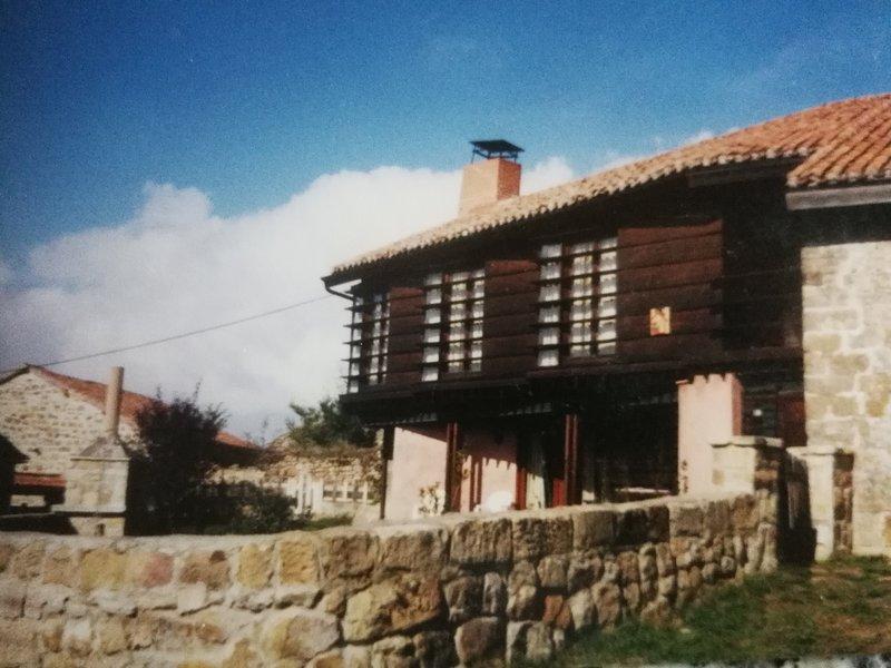 Casa Sisi de Turismo Rural en Canduela, cerca de Aguilar de Campoo,, holiday rental in Reinosa