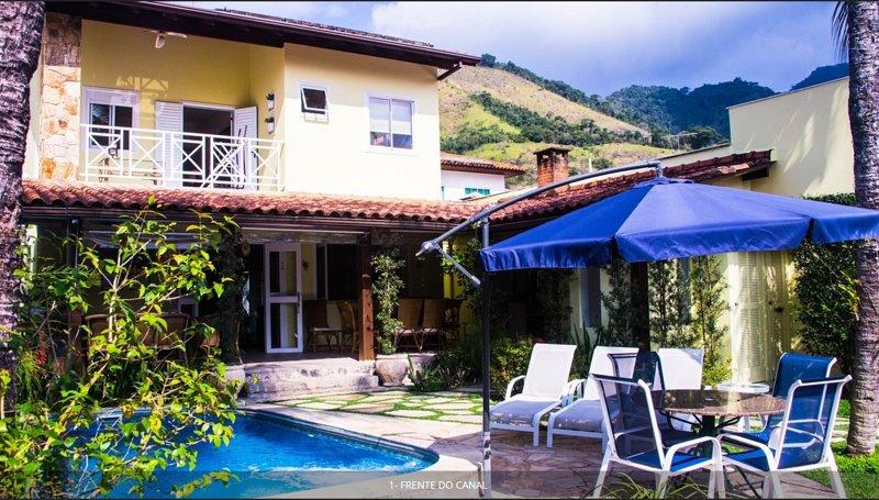CASA DE CANAL NO CONDOMINIO PORTO FRADE, vacation rental in Angra Dos Reis