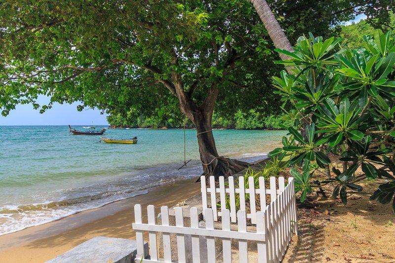 Beachfront villa, perfect family holidays on Ao Yon beach, holiday rental in Phuket Town