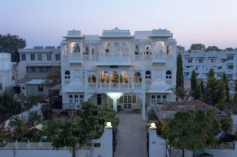 Gadh Ganesh Paying guest house, vacation rental in Udaipur District