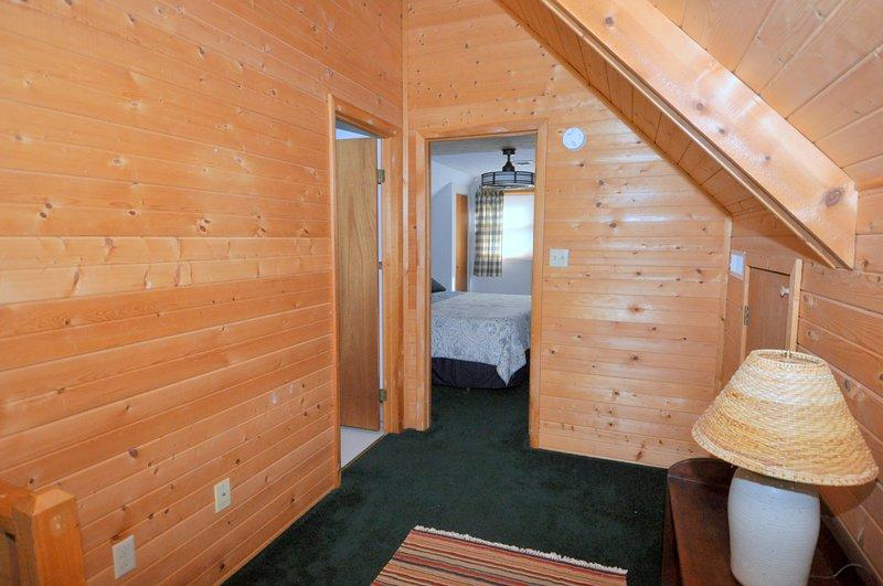 Loft con camera matrimoniale e bagno padronale.