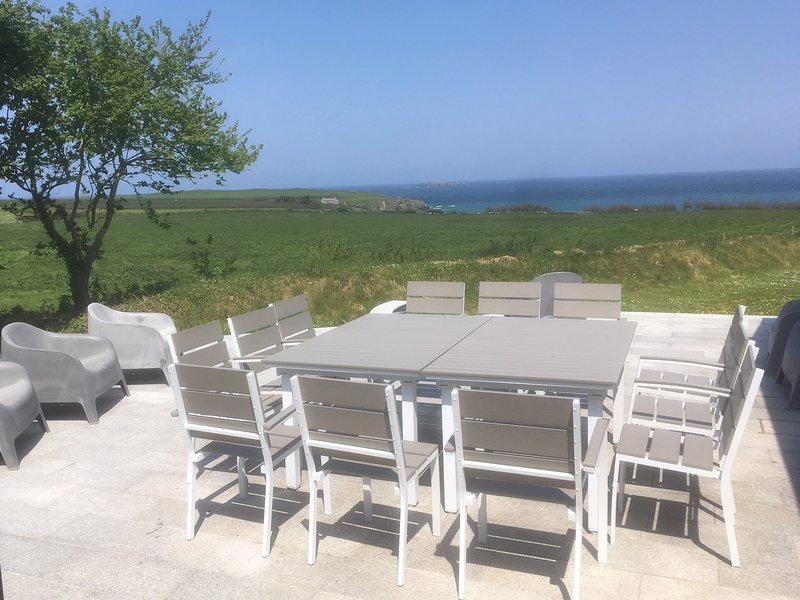 Harlyn Farmhouse, holiday rental in Padstow