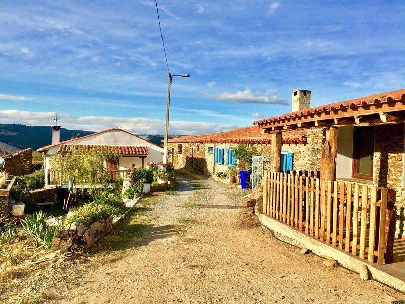 Mosteirinho - A Fraga, Relax surrounded by nature, aluguéis de temporada em Distrito de Bragança