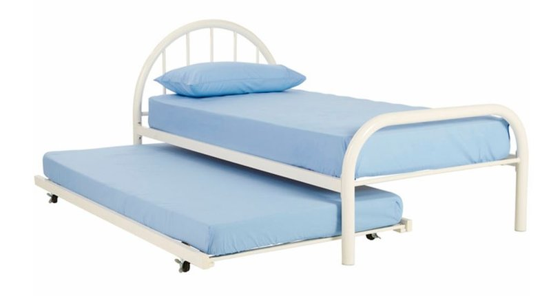 Trundle bed can be set up on request for 2 children in 2nd bedroom instead of double bed