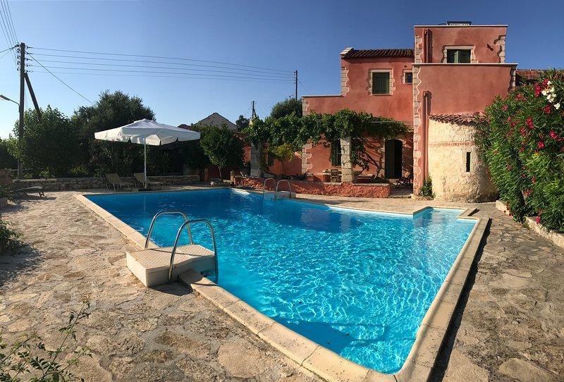 Villa med pool på 6 mx 10 m