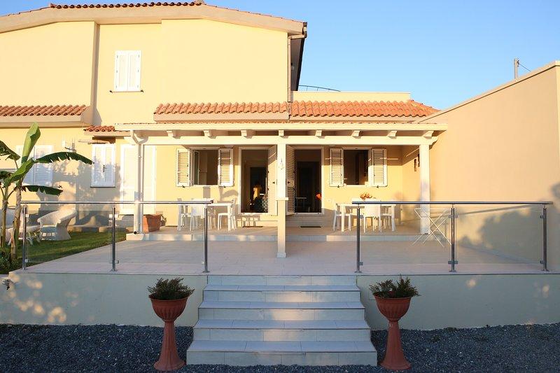 APPARTAMENTI L'AURORA TROPEA, vacation rental in San Nicolo