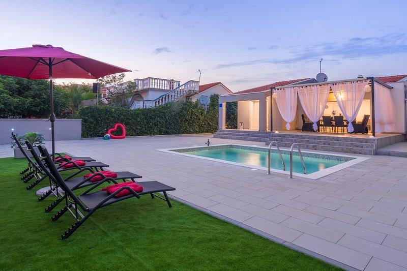 Villa Laura com piscina aquecida
