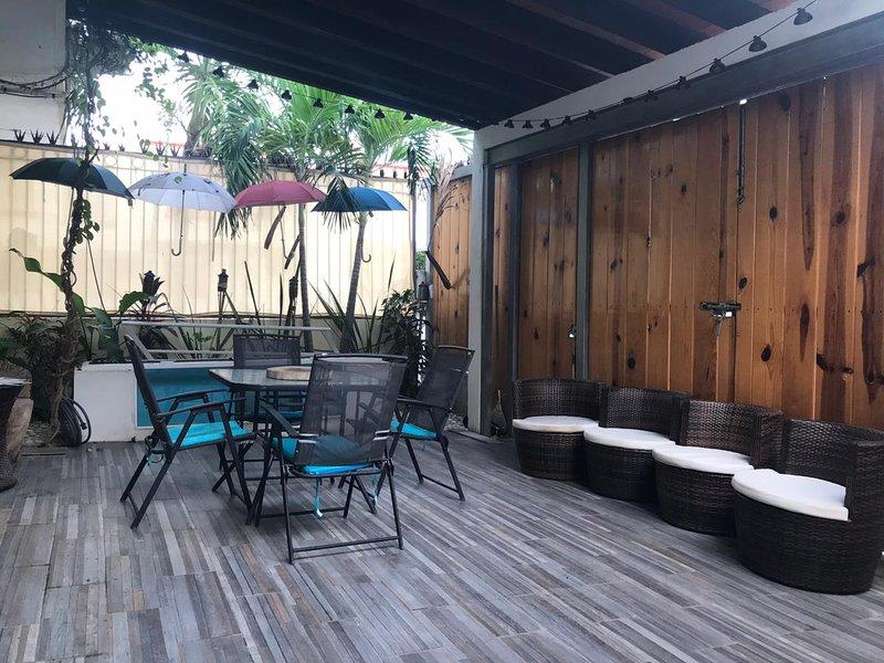 Casa Mango Deck & Loft by Tropical Home Vallarta, location de vacances à Mezcales
