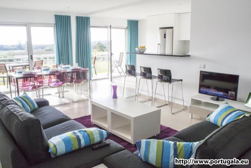 Vakantiewoning in Portugal tot zes personen, op wandelafstand van de baai., aluguéis de temporada em Alcobaca