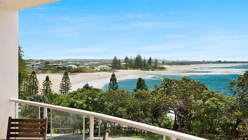 Seacrest Unit 3 Moffat Beach QLD, vacation rental in Dicky Beach