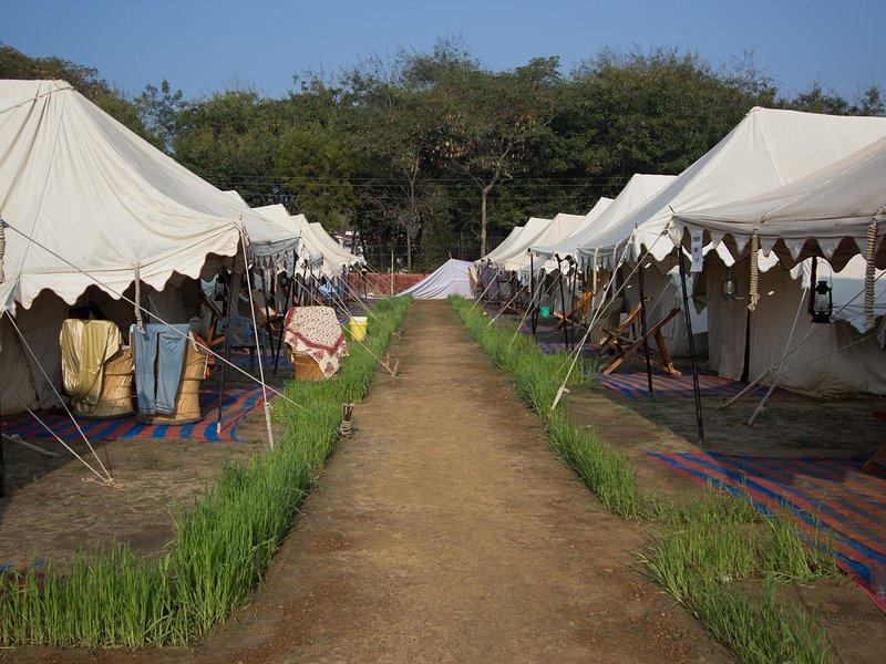 Kumbh Sukrit Swiss Tent Camp, alquiler vacacional en Chail