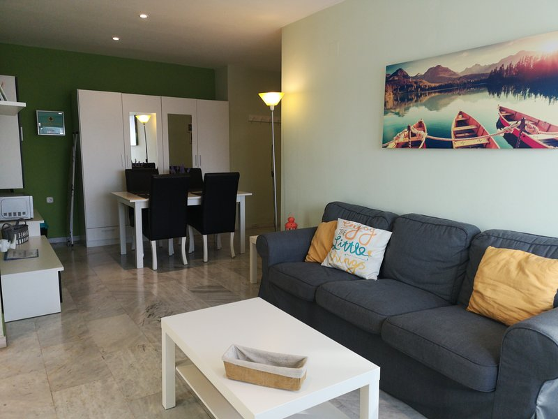 Moderno apartamento con WIFI 2, vacation rental in Viznar