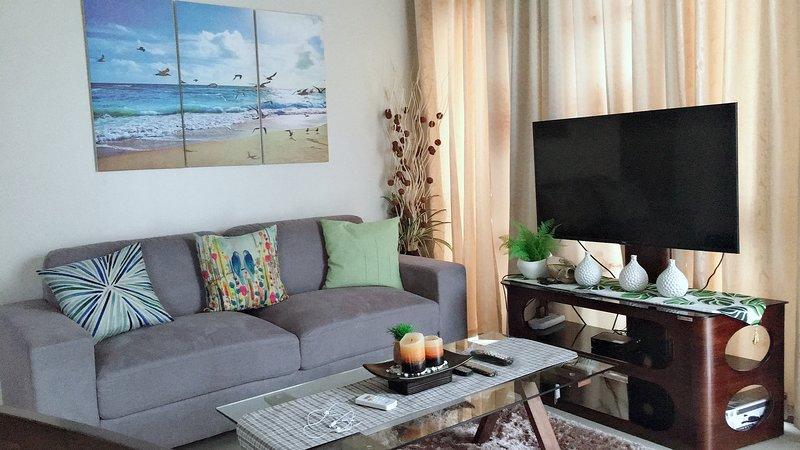Manhattan Heights Luxury condominium, vacation rental in Marikina