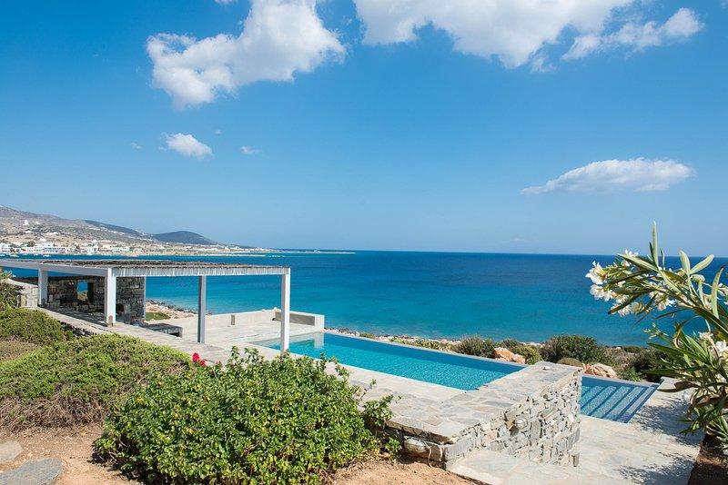 Seafront Luxury 3- bedroom Villa with Private Pool, holiday rental in Agios Georgios