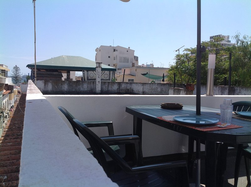 Happy Town  House Portimão rooftop terrace with river view waiting for you to enjoy...