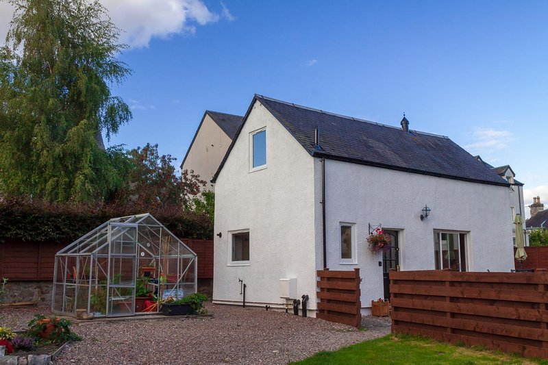 Croft Na Coille Coachhouse, vacation rental in Pitlochry